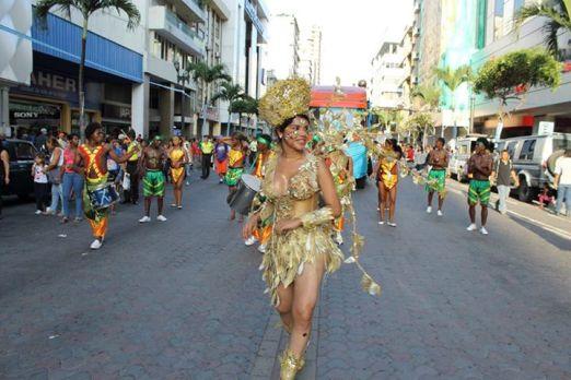 Diane Rodriguez - transgenero - Orgullo Guayaquil - Gay pride Guayaquil - Orgullo LGBT Gay Ecuador Guayaquil 2015 - Orgullo y Diversidad Sexual (207)
