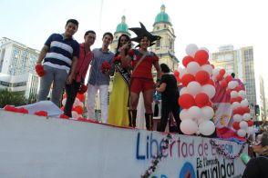 Orgullo Guayaquil - Gay pride Guayaquil - Orgullo LGBT Gay Ecuador Guayaquil 2015 - Asociación SIlueta X Trans (1)