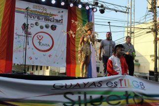 Orgullo Guayaquil - Gay pride Guayaquil - Orgullo LGBT Gay Ecuador Guayaquil 2015 - Asociación SIlueta X Trans (4)