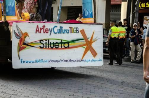 Orgullo Guayaquil - Gay pride Guayaquil - Orgullo LGBT Gay Ecuador Guayaquil 2015 - Asociación Silueta X Transgeneros (3)