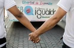 Orgullo Guayaquil - Gay pride Guayaquil - Orgullo LGBT Gay Ecuador Guayaquil 2015 - Campaña tiempo de igualdad (6)