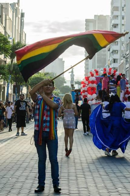 Orgullo Guayaquil - Gay pride Guayaquil - Orgullo LGBT Gay Ecuador Guayaquil 2015 - Orgullo y Diversidad Sexual (15)