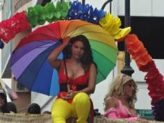 Orgullo Guayaquil o Pride Guayaquil Ecuador 2013 - Asociación SIlueta X - Diane Rodriguez - transgenero transexual (2)