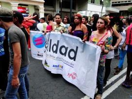 Orgullo Guayaquil o Pride Guayaquil Gay 2013 - Asociación SIlueta X - Campaña tiempo de Igualdad por un Ecuador Libre de discriminacion (4)