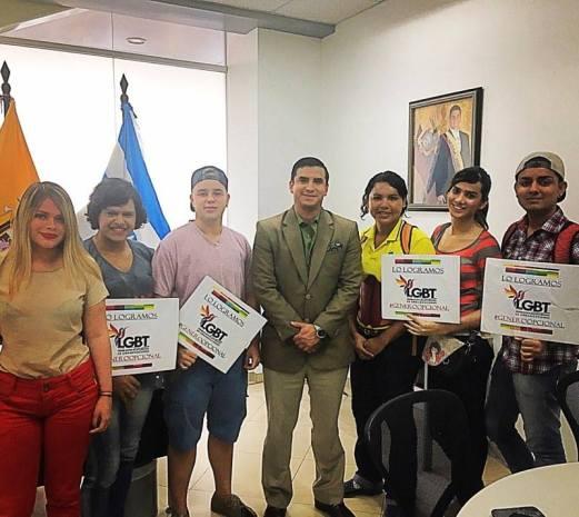 Orgullo y Diversidad 2017 - Orgullo Guayaquil - Gay Pride Guayaquil reunión obtención permisos - Orgullo Ecuador (1)