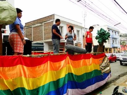 Preparativos del Orgullo Guayaquil o Pride Ecuador Gay 2013 Asociación Silueta X (5)