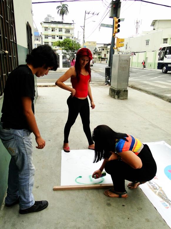 Preparativos del Orgullo Guayaquil o Pride Ecuador Gay 2013 Asociación Silueta X (6)