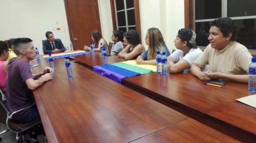 Reunión gobernación obtención permisos orgullo guayaquil gay pride ecuador 2017 5